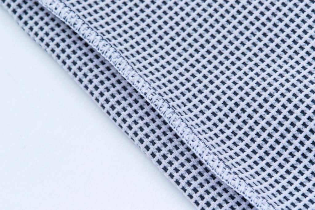ミストラルユニセックス(メンズ・レディース兼用)HP-ドライTシャツの袖から脇・裾にかけての縫製で使用している糸は消臭機能付き糸を採用