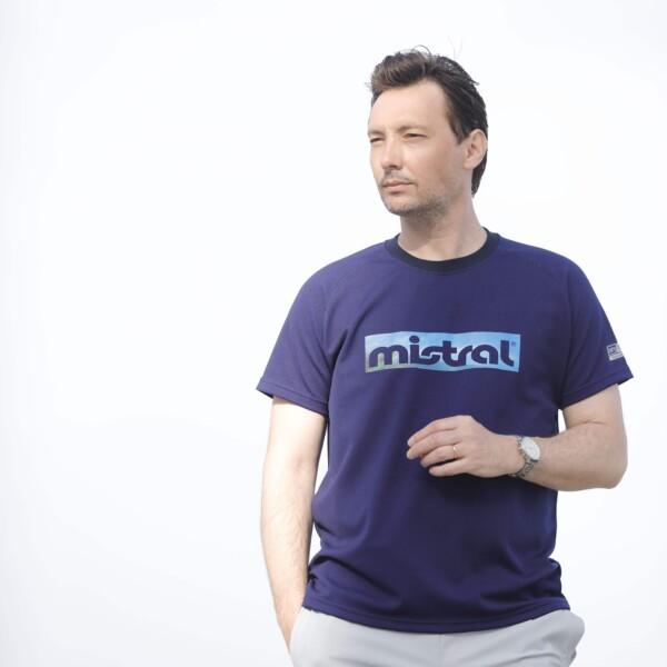 ユニセックス【HP-DRY半袖Tシャツ – ミストラルスカイ – 】